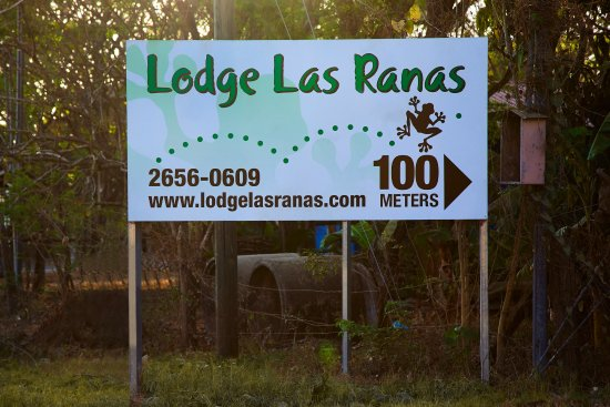 Lodge Las Ranas: Entrance