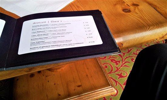 Hotel Edelweiss: The menu
