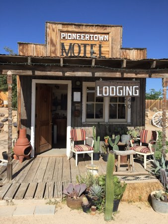 Pioneertown, CA: photo0.jpg