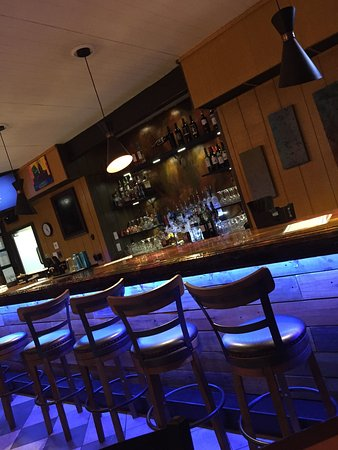 Berkeley Springs, Virginie-Occidentale : The Naked Olive Lounge
