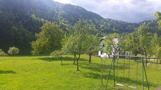 Bohinjska Bela, Slovenien: Vista dal terrazzo esterno