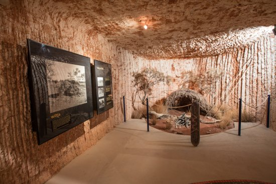 Umoona Opal Mine & Museum: Wilt display