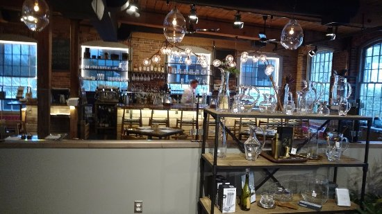 Quechee, VT: the bar