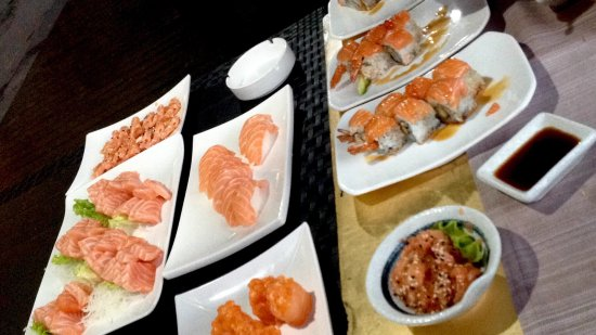 All you can eat cena salmone picture of shizen for Asian fusion cuisine restaurants