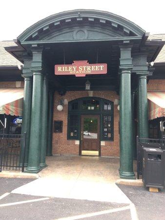 Riley Street Station
