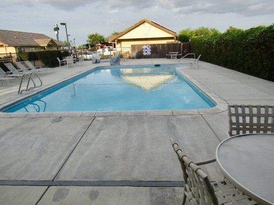 ‪‪Flag City RV Resort‬: Pool‬