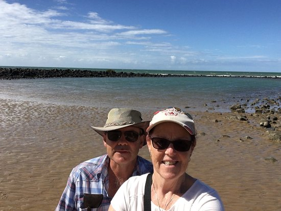 Bargara, Australia: Beautiful place to waste time just puddling and looking for little animals that live in the rick