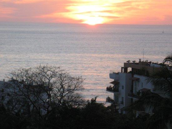 Casa Anita y Corona del Mar : vue du balcon lors du souper avec soleil couchant
