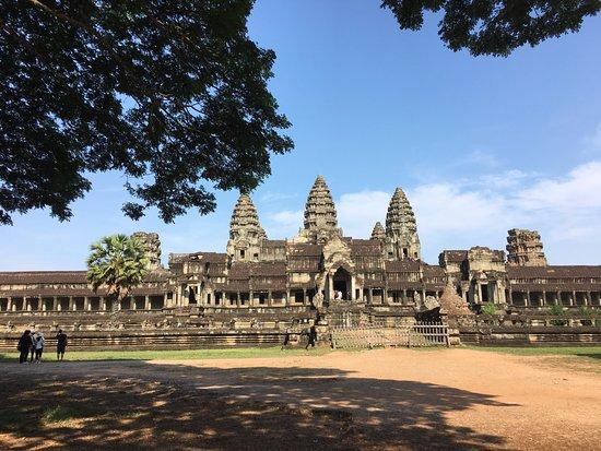 Sam Angkor Tour Guide