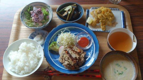 Yamatotakada, Japan: 奈良県産の新鮮野菜ヘルシーランチ