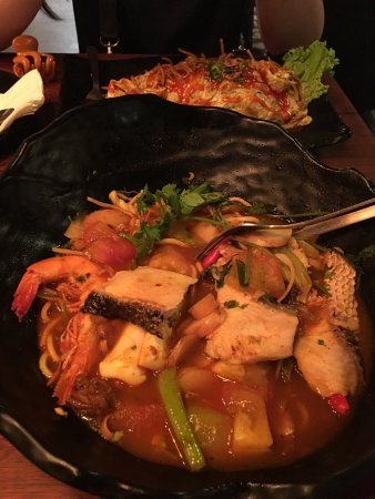 Spize River Valley: Mee tom yum the best with big portion
