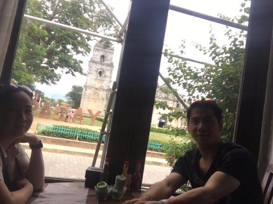 Herencia Cafe: view of the Paoay Church
