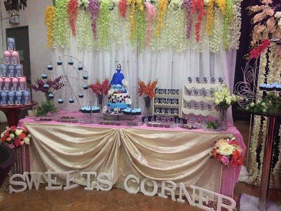 Lakwatsa Resto Lounge : Sweets corner of Mrs. Moore's 40th Birthday.