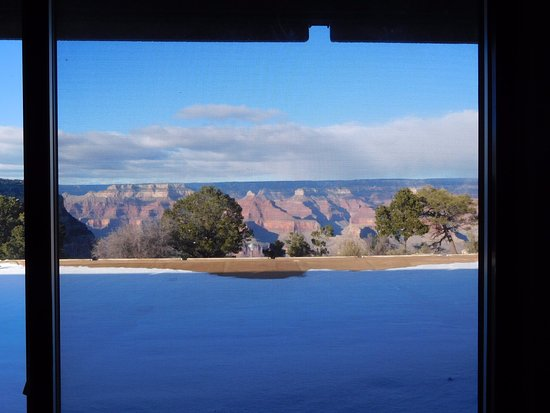 Thunderbird Lodge: partial canyon view