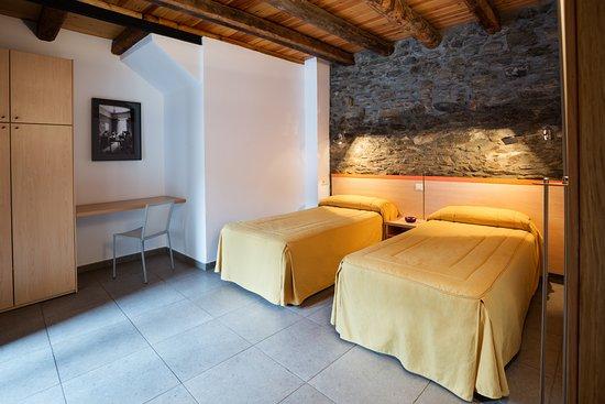 Anserall, España: Habitación Apartamento