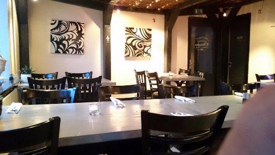 Nice interior billede af restaurant valentino