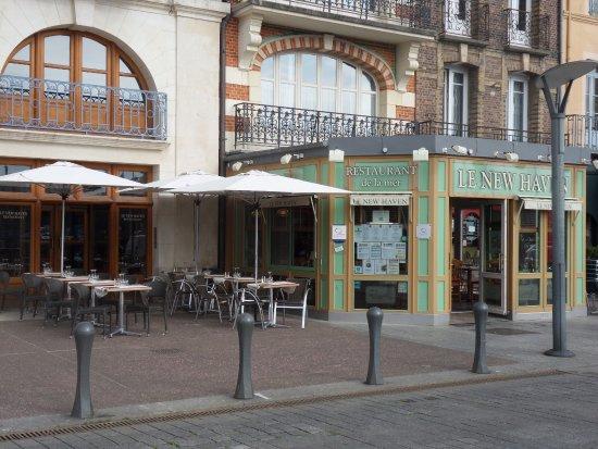 Restaurant face au port de plaisance photo de le new - Restaurant seine port ...