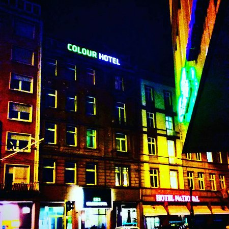 Colour Hotel: IMG_20170503_205624_379_large.jpg
