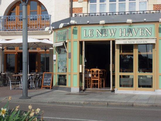 Terrasse vue sur le port de plaisance photo de le new - Restaurant seine port ...