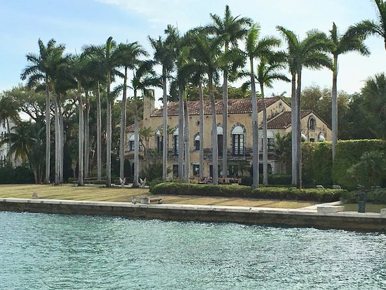 Thriller Miami Speedboat Adventures : Who can tell me who's house this is?