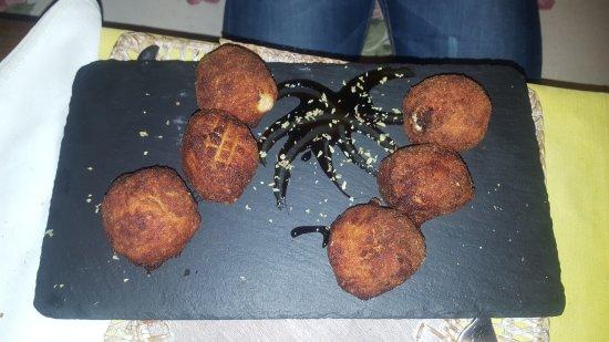 Saldana, Spanien: Croquetas de jamón.
