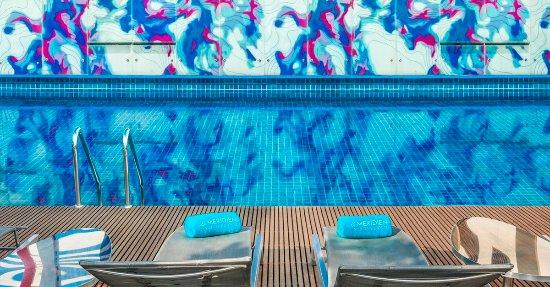 Le Meridien Bangkok: Outdoor Swimming Pool