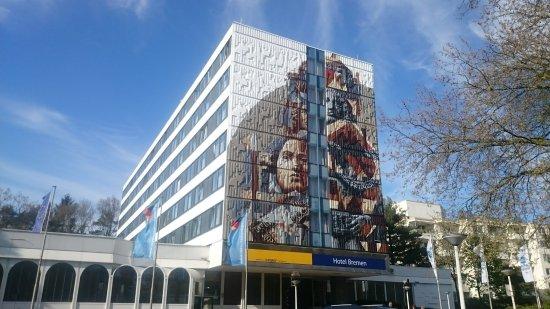 BEST WESTERN Hotel Bremen East: Blick auf den Eingang