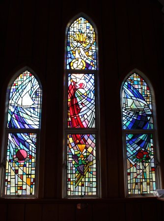 Kerikeri, Nueva Zelanda: Pretty stained windows