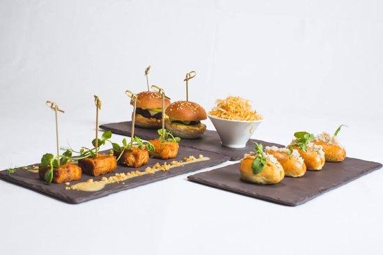 Browns Brasserie & Bar : Bar Snacks