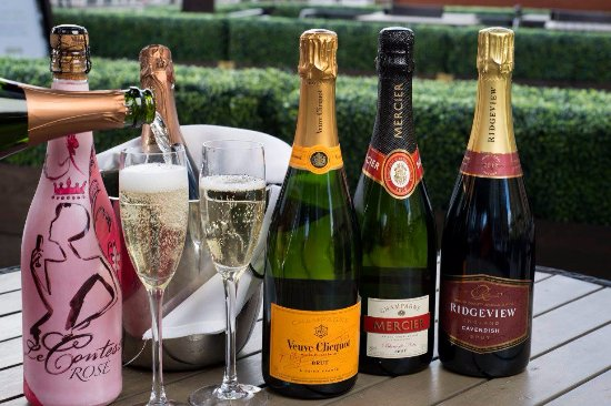 Browns Brasserie & Bar : Bubbles at Browns - from £19.95 Wed - Fri all day
