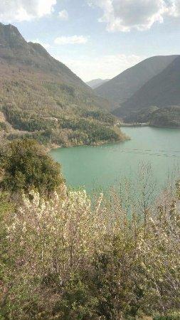 El Pueyo de Jaca, Spanien: Vista del paisaje de la tirolina