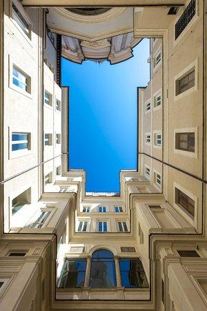 Courtyard Foto Di Terrazza Borromini Roma Tripadvisor