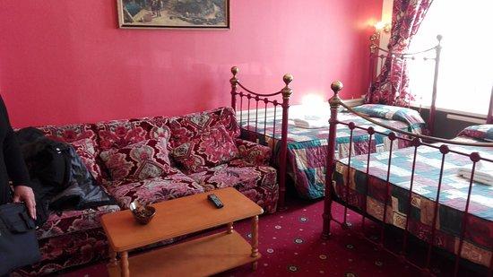 Caravel Guest House: Camera Tripla