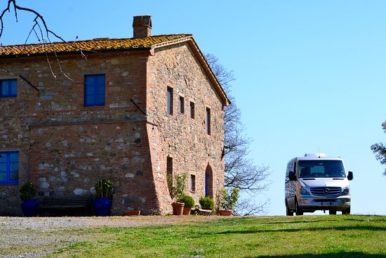 LIMOSERVICEINITALY - Private Tours & Transfers