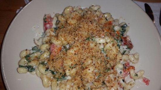 Lobster and macaroni