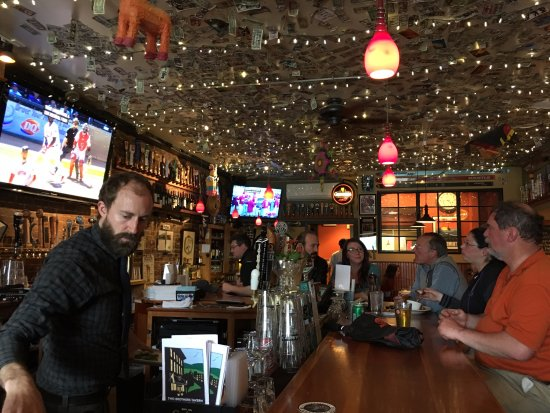Middlebury, VT : A fine bar, to sit at the rail at Two Brothers.
