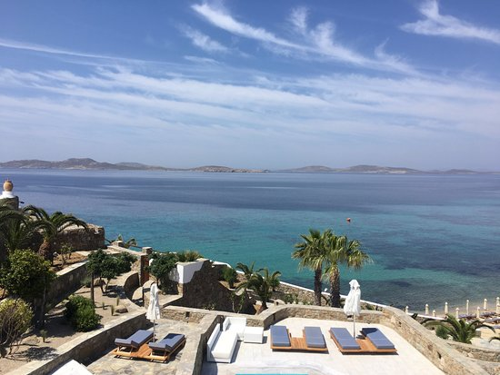 Mykonos Grand Hotel & Resort : In the day time, more rooms were located below us that had private pools.