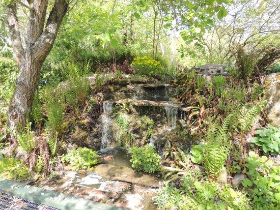 petite cascade picture of jardin du peintre andre van beek saint paul tripadvisor. Black Bedroom Furniture Sets. Home Design Ideas