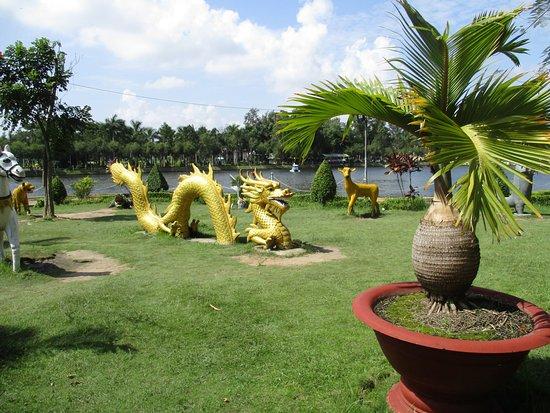 Soc Trang, Vietnam: Photo prise par guythu-dudelta_20328_170216_Fresh Water Lake_Sóc Trăng VN