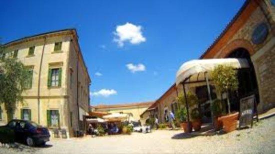 "Illasi, Italia: images-3_large.jpg"""