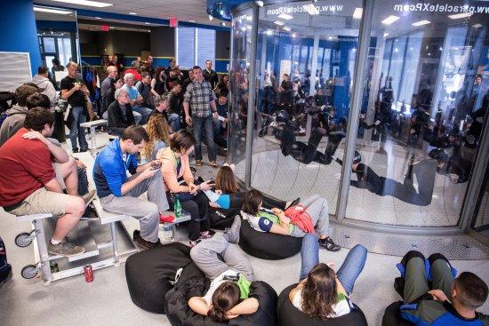 Raeford, NC: indoor skydiving championships