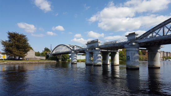 Athlone, Irlanda: 20170507_154307_large.jpg