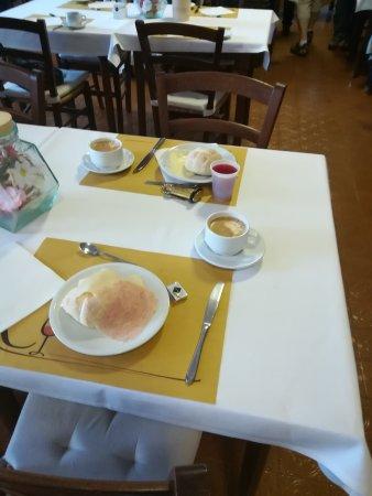Hotel Roncobilaccio : IMG_20170505_070151_large.jpg