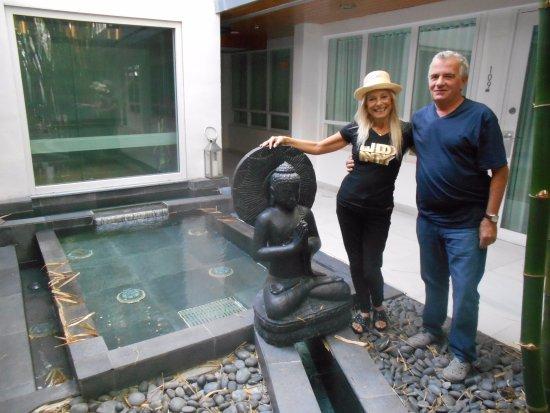 Sanctuary South Beach: El hotel tenia un jardin, que hacia de pulmon, muy indo