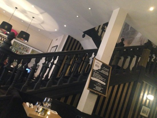 grand escalier picture of a cantina brasserie corse bordeaux tripadvisor. Black Bedroom Furniture Sets. Home Design Ideas