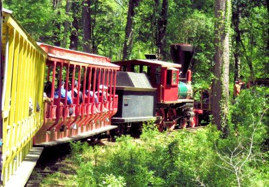 Historic Jefferson Railway: The Steam Train