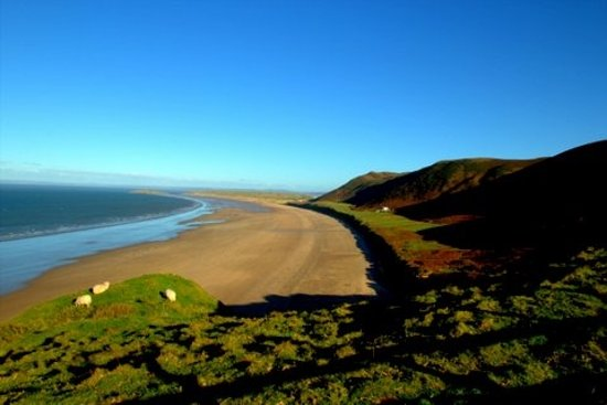 llangennith beach swansea wales top tips before you go. Black Bedroom Furniture Sets. Home Design Ideas