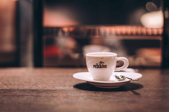 Sihlbrugg, Suiza: STARKER KAFFEE