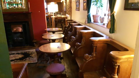 Oswestry, UK: Very ornate seating