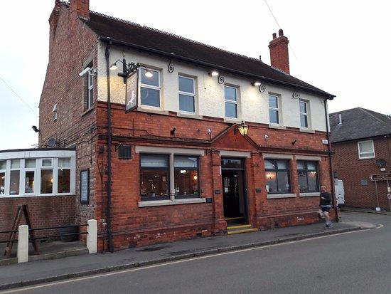 Ruddington, UK: The Front of the establishment